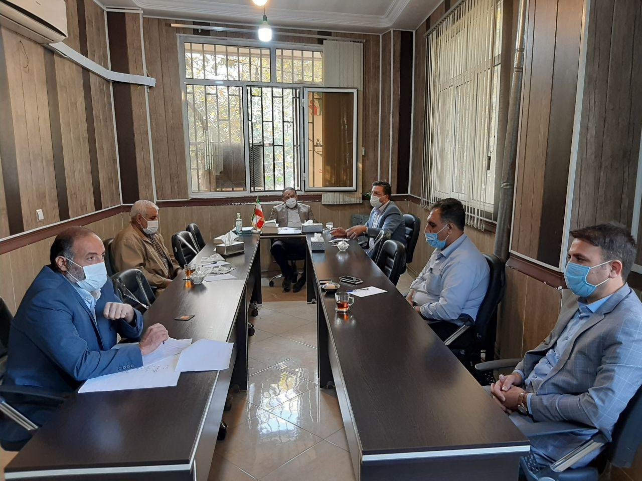 برگزاری جلسه شورای شهر احمدآباد مستوفی با حضور رییس اداره آبفا