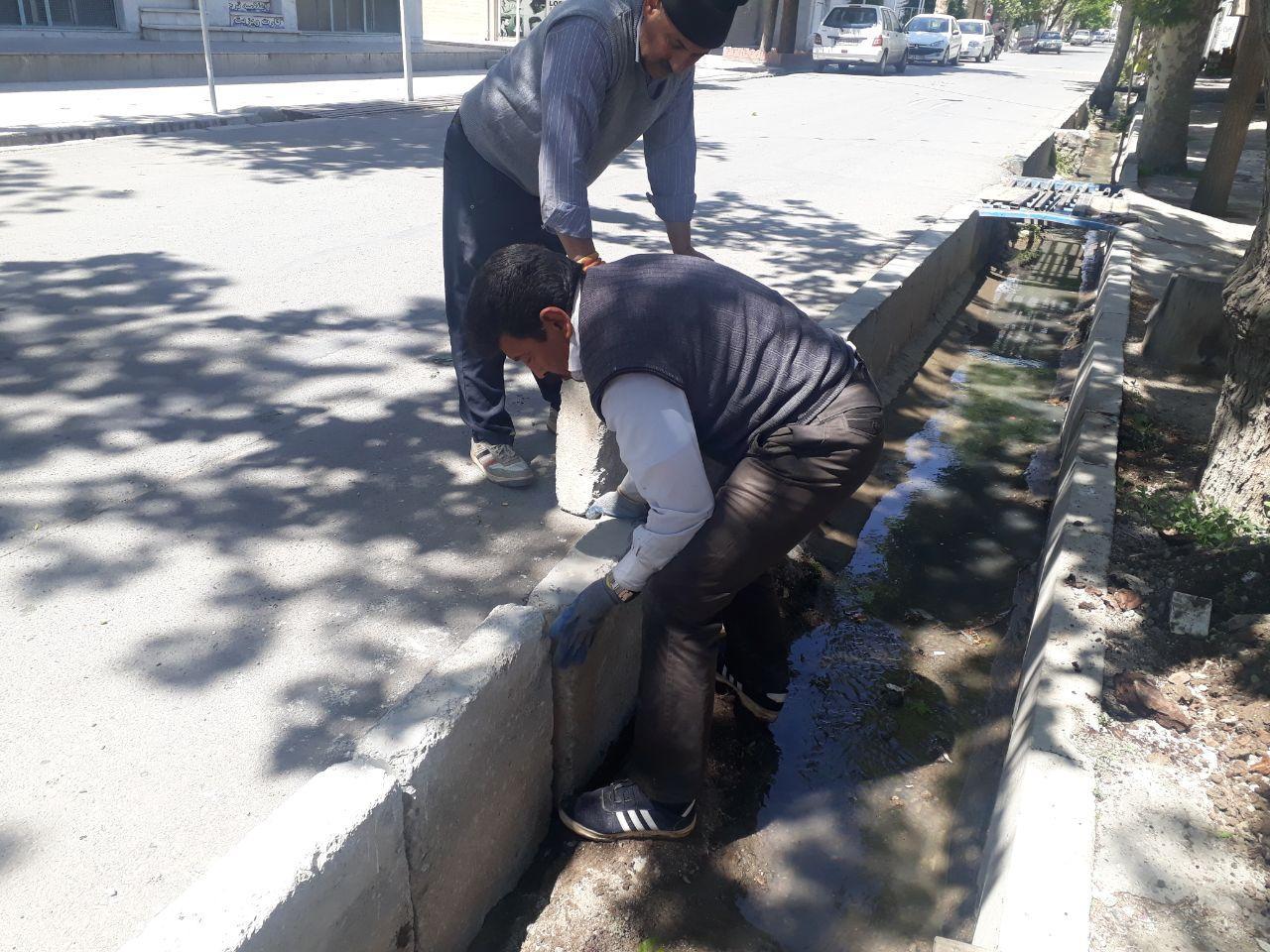 ترمیم و بهسازی جداول خیابان امام خمینی جنوبی(ره)